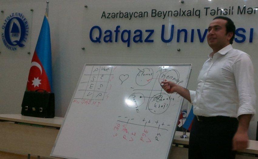 """QUTechnopark """"Sahibkar düşüncəsinin əsasları"""" seminarını keçirdi"""