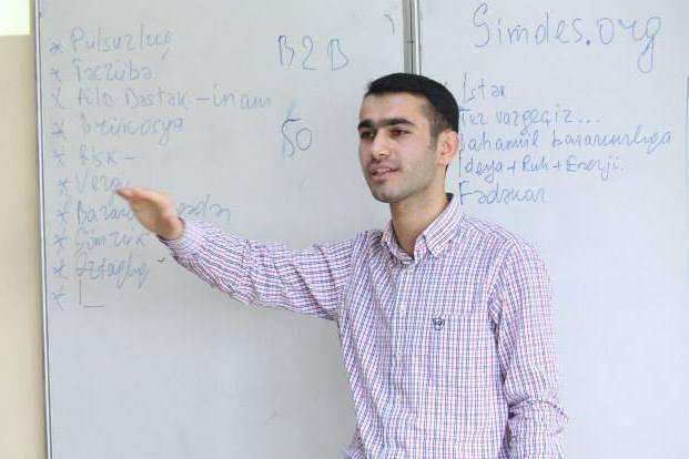 """QUTechnopark """"Mənim xəyalım, Mənim şirkətim"""" seminarını keçirdi"""