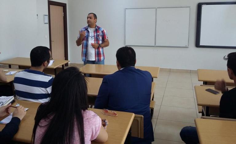 """""""Müasir rəqabətdə sağ qalmağın və böyüməyin yolları"""" seminarı"""